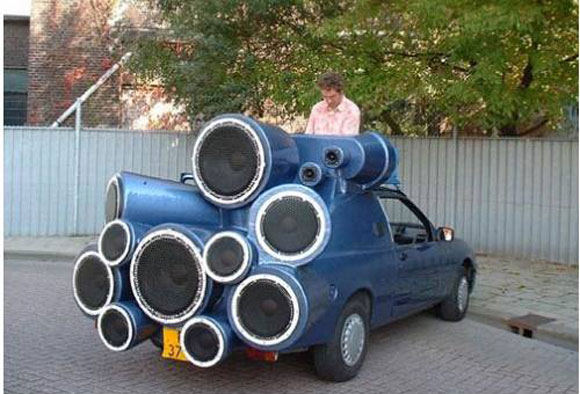 speakers-car-boom