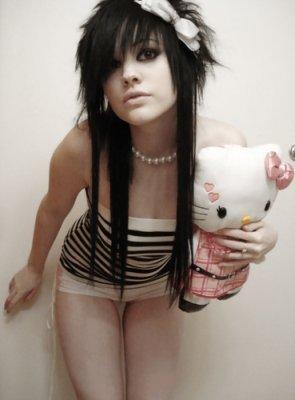 http://pswnio.gr/wp-content/uploads/2009/06/emo-girl.jpg