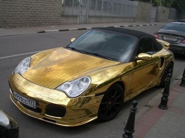 golden_porsche_19