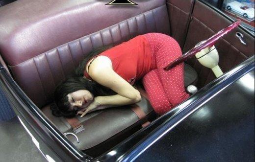 girls_sleeping_6