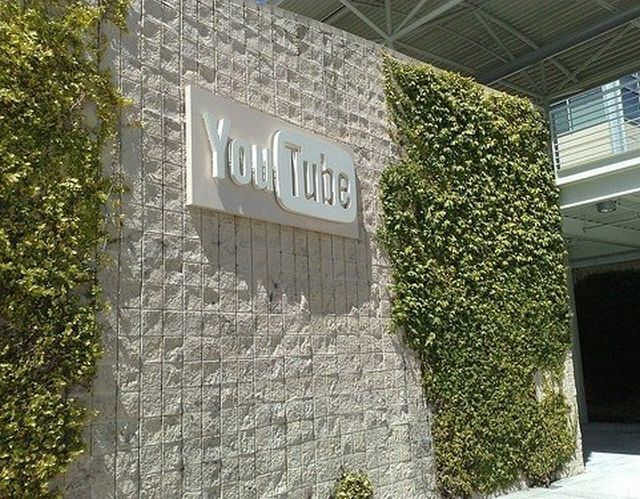 youtube_office_01