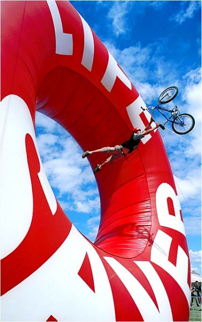 extreme_sports_stunts__bike