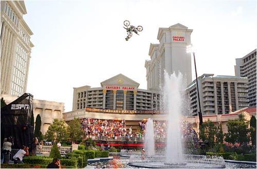 extreme_sports_stunts__flying-bike