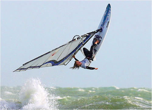 extreme_sports_stunts__see-water