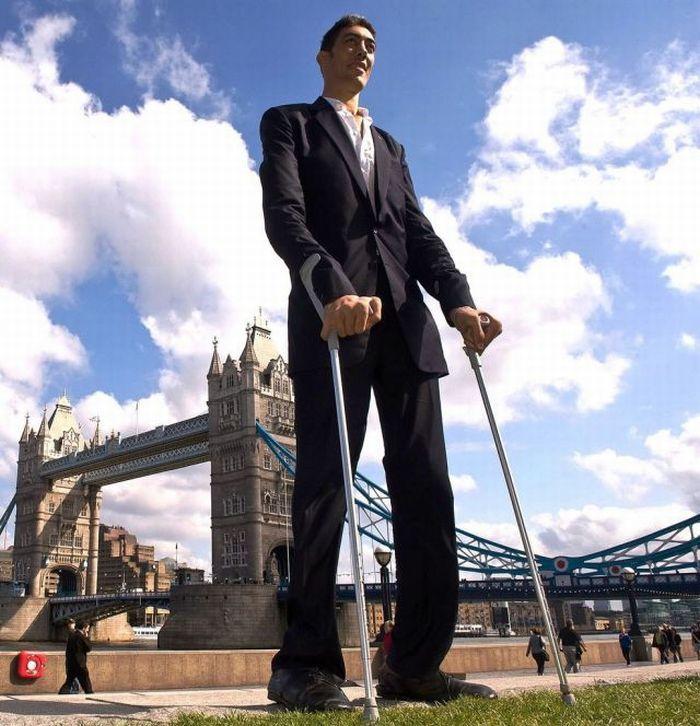sultan-kosen-worlds-tallest-man-1