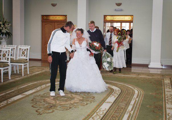 ridiculous_adidas_wedding_04