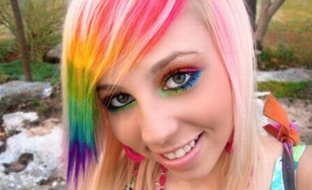 creative_rainbow_makeup_01