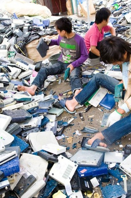 electronic_waste_guiyu_05