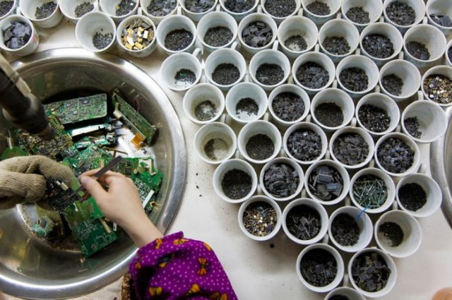 electronic_waste_guiyu_09