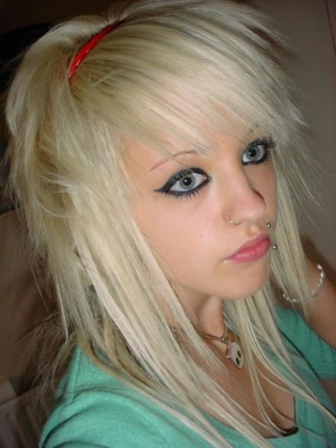 emo_beauty_cute_sexy_girl_babe_great_eye_georgeous