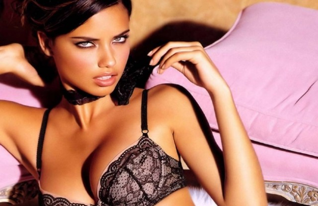 adriana_lima-_blue_eyes_babe