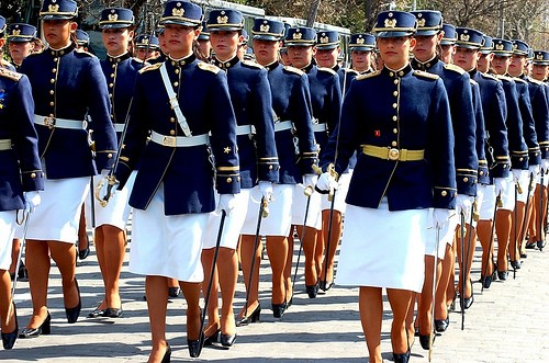 beautiful-female-military-around-the-world-chilean_female_military