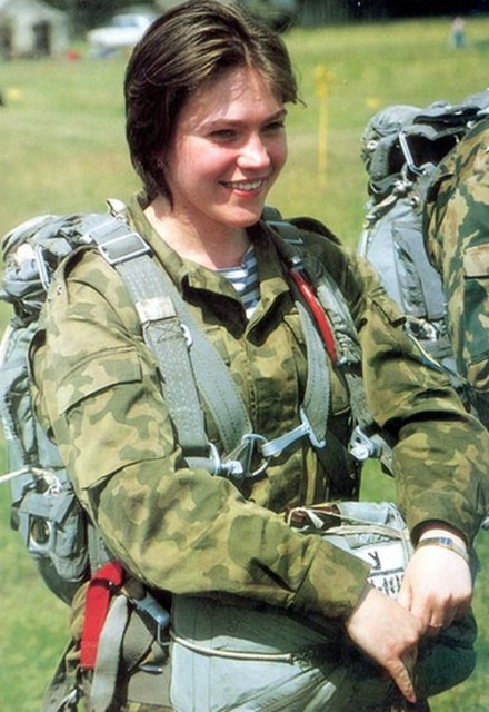 beautiful-female-military-around-the-world-spetsnaz_are_russian_female_special_forces