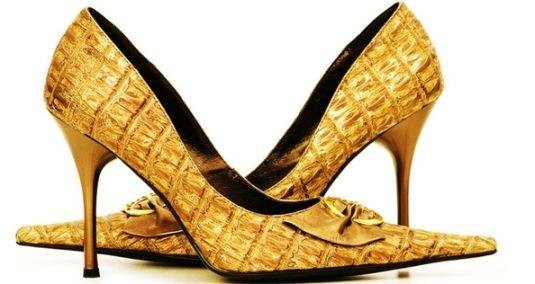 woman_shoes_gold