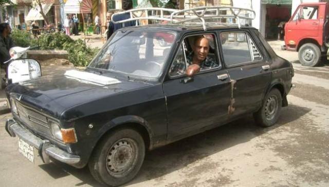 yugo-car-driver