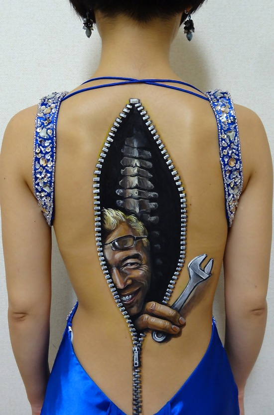 Realistic-body-art-by-Chooo-san4