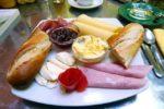 Τι περιλαμβάνει το πρωινό σε 25 διαφορετικές χώρες