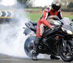 Yamaha R1.. σπινιάρισμα μέχρι θανάτου (Video)
